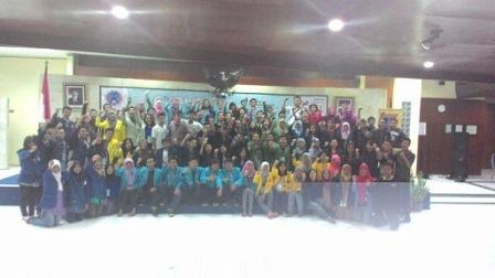 Pengisi stan dari berbagai Perguruan Tinggi yang telah bergabung dalam CCE 2015 (Doc. Cepu Campus Expo)